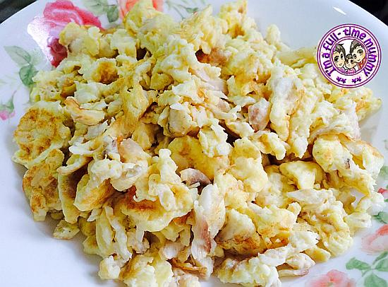 Scrambled Eggs with Fish