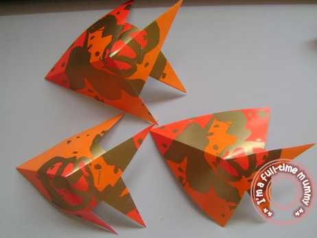 I 39 m a full time mummy diy chinese new year fish craft for Ang pao fish tutorial